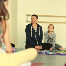 Yoga parent-enfant – Granges-Paccot